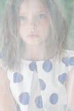 Портрет маленькой девочки для сетки Тюль Стоковая Фотография RF