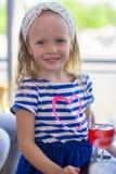 Портрет маленькой прелестной очаровательной девушки Стоковое Изображение