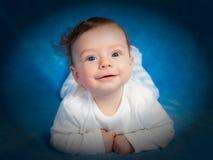 Портрет 4 месяцев старого ребёнка Стоковое Изображение
