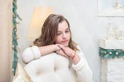 Портрет мечтательной девушки подростка Стоковое Фото