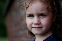 портрет милой девушки напольный Стоковая Фотография RF