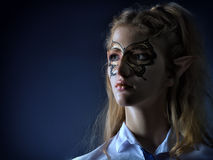 Портрет мистическ-эльфа девушки в современных одеждах Стоковое фото RF