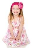 Портрет милой усмехаясь изолированной маленькой девочки Стоковое Изображение