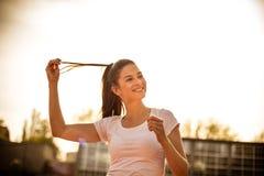 Портрет молодой женщины спорта Стоковое Изображение RF