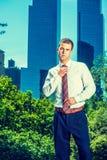 Портрет молодого американского бизнесмена работая в Нью-Йорке Стоковые Фотографии RF