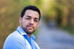 Портрет молодого латино-американского человека Стоковая Фотография