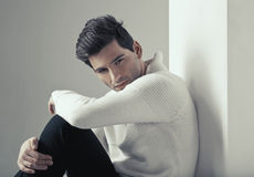 Портрет молодого красивого человека Стоковое Изображение RF