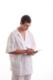 Портрет молодого доктора писать рецепт Стоковые Фотографии RF