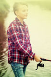 Портрет молодого следа от литья мальчика для удить Стоковые Фото