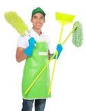 Портрет молодого человека с оборудованием чистки Стоковое Изображение