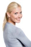 Портрет молодой девушки smiley Стоковое Изображение RF
