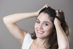 Портрет молодой женщины брюнет делая стороны с различным e Стоковые Изображения RF
