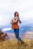 Портрет молодой женщины в цвете осени Стоковая Фотография