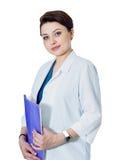 Портрет молодой женщины доктора изолированной на белой предпосылке Стоковая Фотография