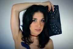 Портрет молодой женщины с муфтой Стоковое Изображение RF