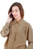 Портрет молодой коммерсантки говоря на носить мобильного телефона Стоковая Фотография RF