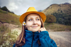 Портрет молодых женщин туристских стоковое изображение rf