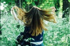 Портрет моды лета дамы очарования чувственной молодой стильной мы Стоковые Изображения RF