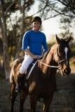 Портрет мужской верховой лошади жокея Стоковое Фото