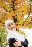 Портрет мусульманской женщины с hijab Стоковые Изображения RF