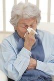 Портрет нездоровой старшей женщины Стоковое Фото