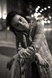 Портрет ночи милой женщины, улиц Киева Стоковое Изображение