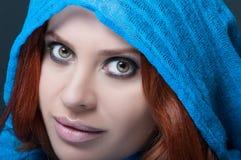 Портрет обольстительной женщины с ярким составом Стоковые Изображения RF