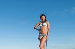 Портрет доминиканской девушки одевая бикини Стоковая Фотография