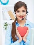 Портрет оператора центра телефонного обслуживания усмехаясь с iso шлемофона телефона Стоковая Фотография