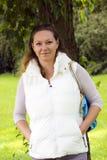 Портрет осени очаровательной женщины outdoors Стоковое Изображение RF