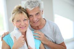 Портрет пар старшия фитнеса Стоковое фото RF