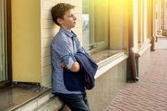 Портрет подростка мальчика 13-14 лет Стоковые Фото