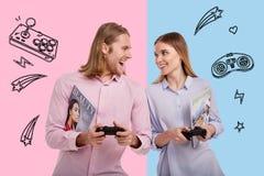 Портрет положительных пар имея потеху совместно Стоковые Изображения