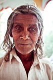 Портрет попрошайки в виске Стоковое фото RF