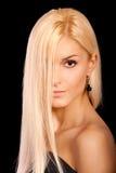 портрет прелестно справедливой девушки с волосами Стоковая Фотография