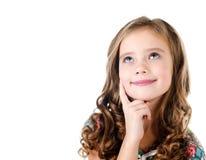 Портрет прелестной мечтая изолированной маленькой девочки Стоковые Изображения