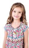 Портрет прелестной усмехаясь изолированной маленькой девочки Стоковая Фотография RF