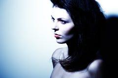 портрет привлекательной девушки способа контраста высокий Стоковые Изображения RF