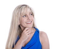 Портрет привлекательной зрелой женщины смотря косой изолированный ov стоковая фотография