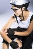 Портрет профессионального женского велосипедиста Стоковая Фотография