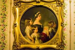 Портрет профиля ферзя Виктория с 4 из ее детей стоковые изображения
