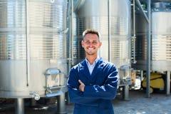 Портрет работника винодельни молодого человека Стоковая Фотография RF