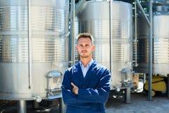 Портрет работника винодельни молодого человека Стоковая Фотография