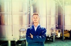Портрет работника винодельни молодого человека Стоковые Фото