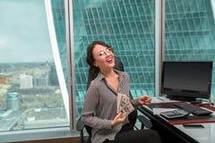 Портрет работника офиса девушки Стоковое Изображение RF