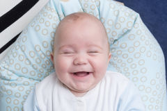 портрет ребёнка счастливый Стоковое Изображение