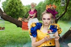 Портрет романтичных женщин в fairy пуще Стоковая Фотография RF