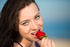 Портрет сексуального брюнет стоковое изображение