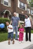 портрет семьи напольный Стоковое фото RF