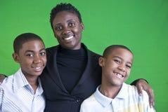 портрет семьи счастливый стоковые изображения